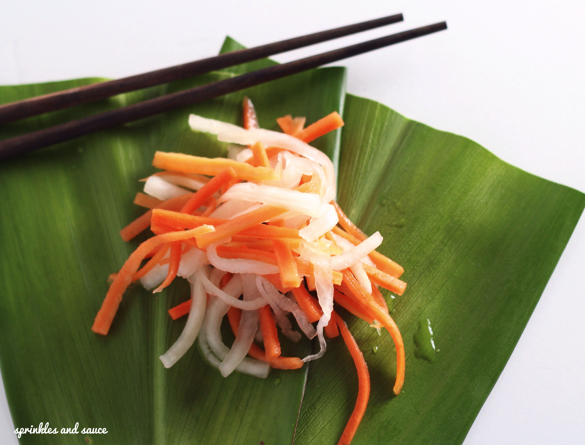 Carrot and Daikon Pickle (Do Chua) - sprinkles and sauce